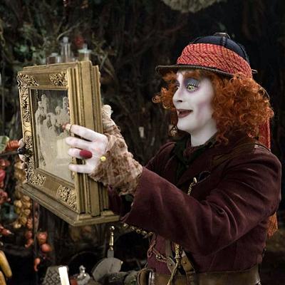12-alice-de-l-autre-côté-du-miroir-depp-petitsfilmsentreamis.net-optimisation-image-google-wordpress