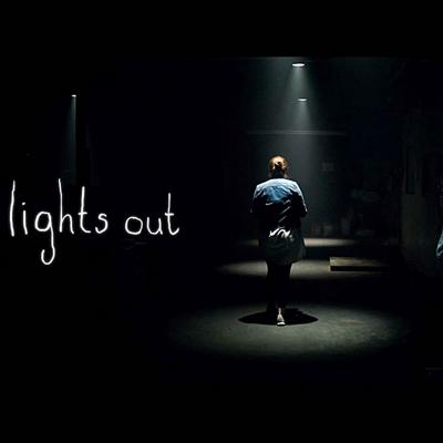 8-lights_out__2016__movie_petitsfilmsentreamis-net-optimisation-image-google-wordpress